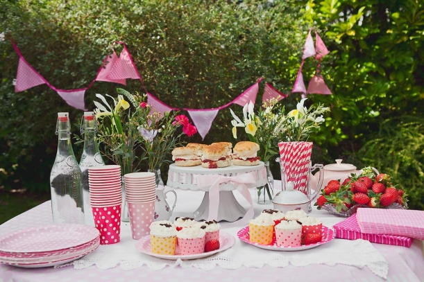 Strawberry tea party pack for Breast Cancer Care