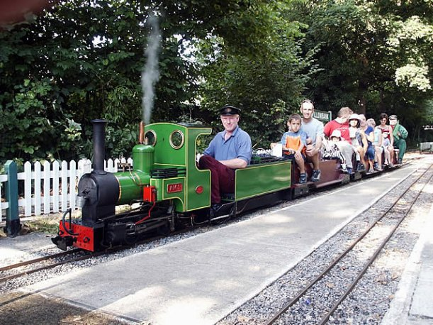 thames ditton miniture railway party